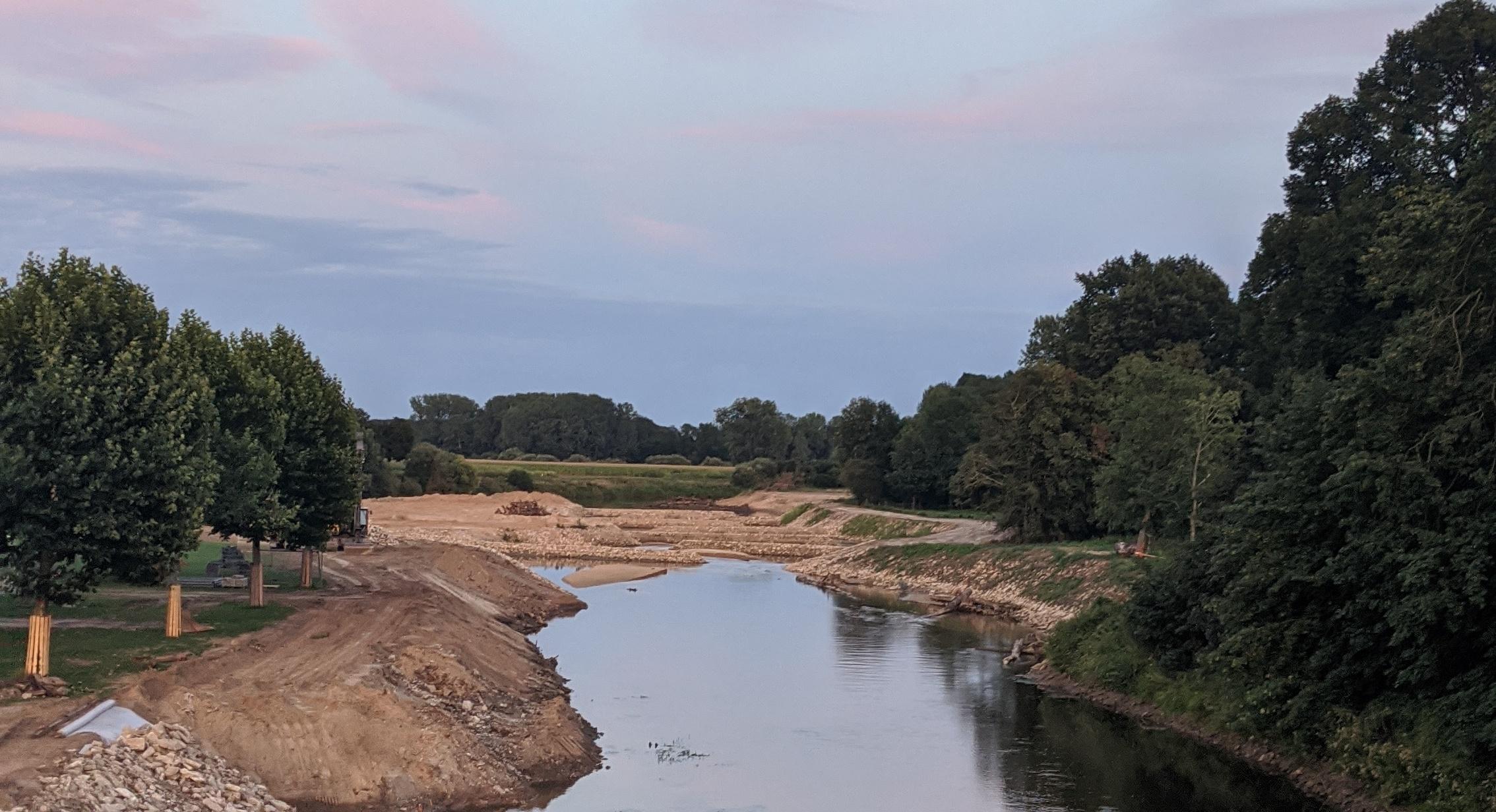 Der Fischaufstieg in Greven von der Brücke aus
